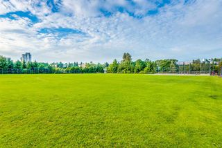 "Photo 16: 310 675 PARK Crescent in New Westminster: GlenBrooke North Condo for sale in ""WINCHESTER"" : MLS®# R2215940"