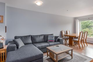 """Photo 4: 310 675 PARK Crescent in New Westminster: GlenBrooke North Condo for sale in """"WINCHESTER"""" : MLS®# R2215940"""