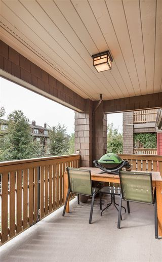 """Photo 15: 310 675 PARK Crescent in New Westminster: GlenBrooke North Condo for sale in """"WINCHESTER"""" : MLS®# R2215940"""