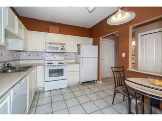 "Photo 7: 207 34101 OLD YALE Road in Abbotsford: Central Abbotsford Condo for sale in ""Yale Terrace"" : MLS®# R2219162"
