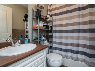 """Photo 16: 16 33321 GEORGE FERGUSON Way in Abbotsford: Central Abbotsford Townhouse for sale in """"CEDAR LANE"""" : MLS®# R2222167"""