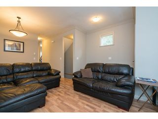 """Photo 5: 16 33321 GEORGE FERGUSON Way in Abbotsford: Central Abbotsford Townhouse for sale in """"CEDAR LANE"""" : MLS®# R2222167"""