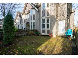 """Photo 18: 16 33321 GEORGE FERGUSON Way in Abbotsford: Central Abbotsford Townhouse for sale in """"CEDAR LANE"""" : MLS®# R2222167"""