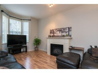 """Photo 4: 16 33321 GEORGE FERGUSON Way in Abbotsford: Central Abbotsford Townhouse for sale in """"CEDAR LANE"""" : MLS®# R2222167"""