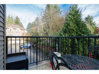 """Photo 11: 16 33321 GEORGE FERGUSON Way in Abbotsford: Central Abbotsford Townhouse for sale in """"CEDAR LANE"""" : MLS®# R2222167"""