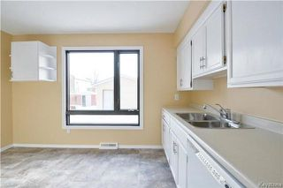 Photo 7: 550 Berwick Place in Winnipeg: Lord Roberts Residential for sale (1Aw)  : MLS®# 1800762
