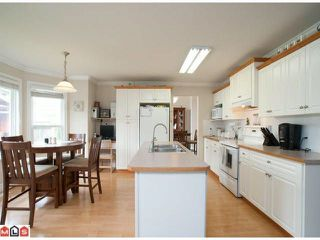 Photo 5: 27225 26B AVENUE in Langley: Aldergrove Langley House for sale : MLS®# R2217490