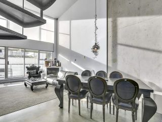 """Photo 2: K 489 W 6TH Avenue in Vancouver: Cambie Condo for sale in """"Miro"""" (Vancouver West)  : MLS®# R2235073"""