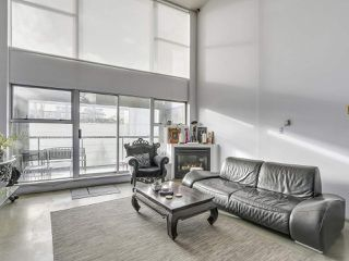 "Photo 3: K 489 W 6TH Avenue in Vancouver: Cambie Condo for sale in ""Miro"" (Vancouver West)  : MLS®# R2235073"