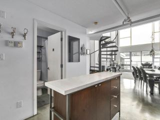 "Photo 10: K 489 W 6TH Avenue in Vancouver: Cambie Condo for sale in ""Miro"" (Vancouver West)  : MLS®# R2235073"
