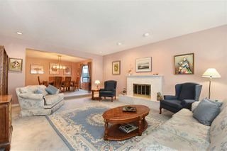 Photo 3: 8091 SUNNYWOOD Drive in Richmond: Broadmoor House for sale : MLS®# R2238611