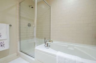Photo 15: 601 9320 UNIVERSITY CRESCENT in Burnaby: Simon Fraser Univer. Condo for sale (Burnaby North)  : MLS®# R2237004