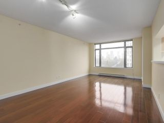 """Photo 5: 1409 3660 VANNESS Avenue in Vancouver: Collingwood VE Condo for sale in """"CIRCA"""" (Vancouver East)  : MLS®# R2251154"""