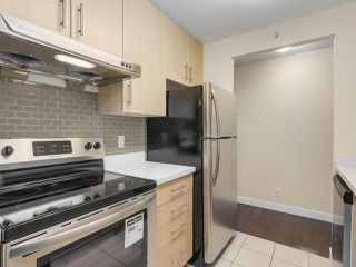 """Photo 13: 1409 3660 VANNESS Avenue in Vancouver: Collingwood VE Condo for sale in """"CIRCA"""" (Vancouver East)  : MLS®# R2251154"""