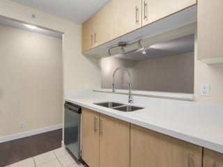 """Photo 12: 1409 3660 VANNESS Avenue in Vancouver: Collingwood VE Condo for sale in """"CIRCA"""" (Vancouver East)  : MLS®# R2251154"""