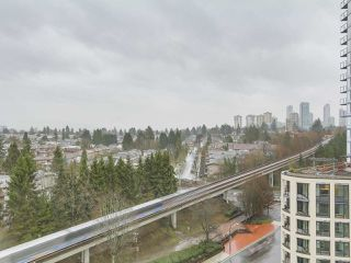 """Photo 10: 1409 3660 VANNESS Avenue in Vancouver: Collingwood VE Condo for sale in """"CIRCA"""" (Vancouver East)  : MLS®# R2251154"""