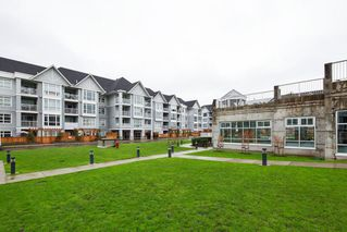 "Photo 18: 206 3142 ST JOHNS Street in Port Moody: Port Moody Centre Condo for sale in ""SONRISA"" : MLS®# R2254973"