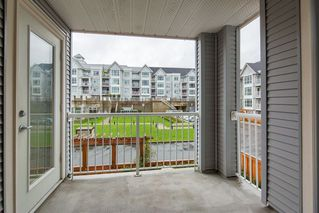 "Photo 16: 206 3142 ST JOHNS Street in Port Moody: Port Moody Centre Condo for sale in ""SONRISA"" : MLS®# R2254973"