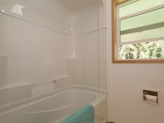 Photo 14: 1057 CENTRE ROAD in North Qualicum: House for sale : MLS®# 424675