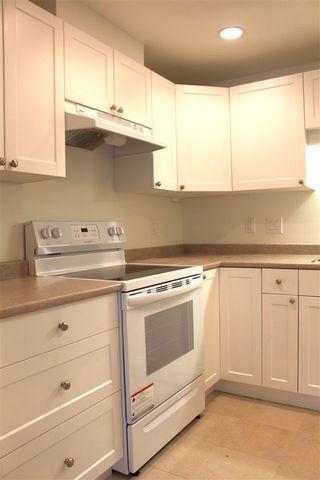 "Photo 7: 108 2915 GLEN Drive in Coquitlam: North Coquitlam Condo for sale in ""GLENBOROUGH"" : MLS®# R2274697"