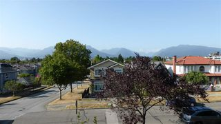 Photo 3: 2010 KASLO Street in Vancouver: Renfrew VE House for sale (Vancouver East)  : MLS®# R2293508