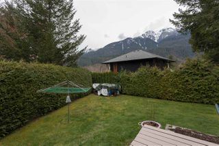Photo 18: 1009 CYPRESS Place in Squamish: Brackendale House for sale : MLS®# R2301344