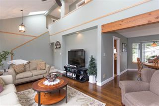 Photo 7: 1009 CYPRESS Place in Squamish: Brackendale House for sale : MLS®# R2301344