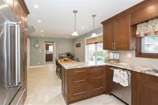 Photo 3: 1009 CYPRESS Place in Squamish: Brackendale House for sale : MLS®# R2301344
