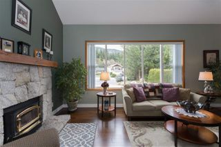 Photo 6: 1009 CYPRESS Place in Squamish: Brackendale House for sale : MLS®# R2301344