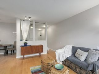 "Photo 7: 112 2929 W 4TH Avenue in Vancouver: Kitsilano Condo for sale in ""Madison"" (Vancouver West)  : MLS®# R2314958"