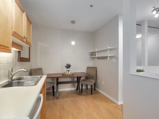 "Photo 12: 112 2929 W 4TH Avenue in Vancouver: Kitsilano Condo for sale in ""Madison"" (Vancouver West)  : MLS®# R2314958"