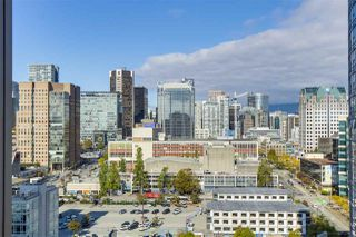Photo 14: 2109 131 REGIMENT Square in Vancouver: Downtown VW Condo for sale (Vancouver West)  : MLS®# R2315271