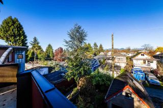 "Photo 12: 2233 E 12TH Avenue in Vancouver: Grandview VE House for sale in ""Commercial Drive"" (Vancouver East)  : MLS®# R2323925"