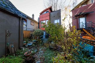"Photo 14: 2233 E 12TH Avenue in Vancouver: Grandview VE House for sale in ""Commercial Drive"" (Vancouver East)  : MLS®# R2323925"