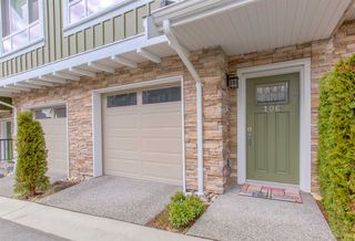 """Photo 2: 106 1405 DAYTON Street in Coquitlam: Burke Mountain Townhouse for sale in """"ERICA"""" : MLS®# R2333432"""