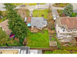 Photo 11: 15420 KYLE Court: White Rock House for sale (South Surrey White Rock)  : MLS®# R2335712