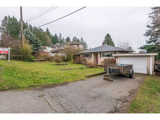 Photo 4: 15420 KYLE Court: White Rock House for sale (South Surrey White Rock)  : MLS®# R2335712