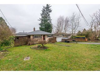 Photo 3: 15420 KYLE Court: White Rock House for sale (South Surrey White Rock)  : MLS®# R2335712