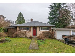 Photo 2: 15420 KYLE Court: White Rock House for sale (South Surrey White Rock)  : MLS®# R2335712