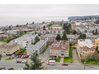 Photo 12: 15420 KYLE Court: White Rock House for sale (South Surrey White Rock)  : MLS®# R2335712