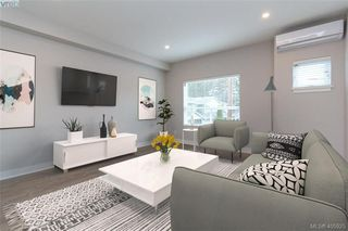 Main Photo: 2806 Knotty Pine Road in VICTORIA: La Langford Proper Row/Townhouse for sale (Langford)  : MLS®# 405925