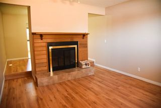 Photo 5: 2916 36 Street NW in Edmonton: Zone 29 Townhouse for sale : MLS®# E4145043