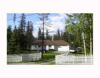 Photo 2: 4120 REEVES DR in Prince_George: Buckhorn House for sale (PG Rural South (Zone 78))  : MLS®# N181237