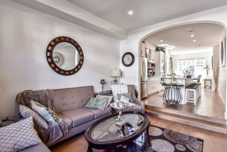 Photo 4: 51 288 171 Street in Surrey: Pacific Douglas Townhouse for sale (South Surrey White Rock)  : MLS®# R2357620