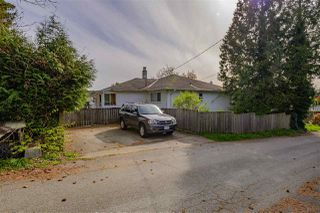 Photo 2: 4724 MAHON Avenue in Burnaby: Deer Lake Place House for sale (Burnaby South)  : MLS®# R2360325