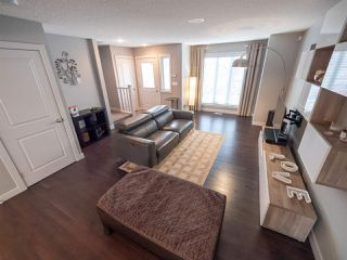 Photo 3: 704 176 Street in Edmonton: Zone 56 Attached Home for sale : MLS®# E4153336