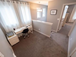 Photo 12: 704 176 Street in Edmonton: Zone 56 Attached Home for sale : MLS®# E4153336