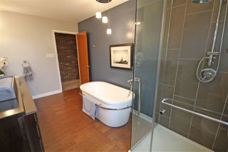 Photo 14: 123 QUESNELL Crescent in Edmonton: Zone 22 House for sale : MLS®# E4153890