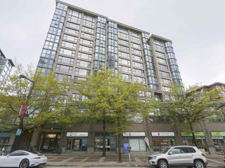 """Main Photo: 201 1177 PACIFIC Boulevard in Vancouver: Yaletown Condo for sale in """"Pacific Plaza"""" (Vancouver West)  : MLS®# R2366328"""