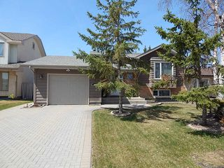 Photo 1: 59 Olford Crescent in Winnipeg: House for sale : MLS®# 1811407